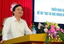 anh-van-nn-2_phung_xuan_nha_phat_bieu_tai_hoi_nghi